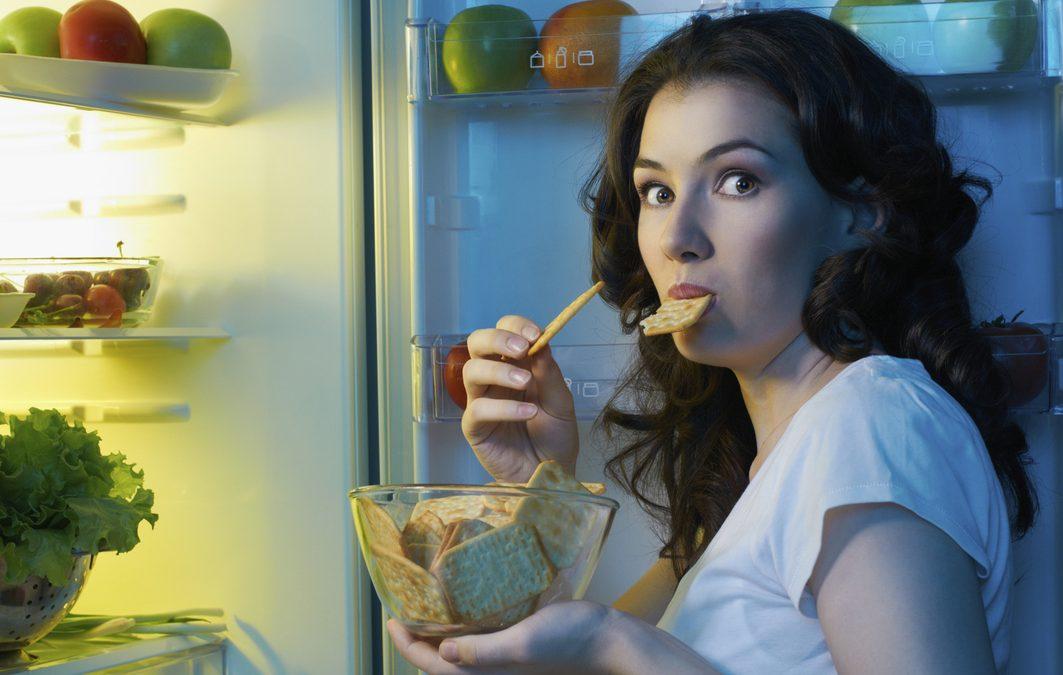 5 consejos estrella para deshacerse de los antojos y evitar comer en exceso