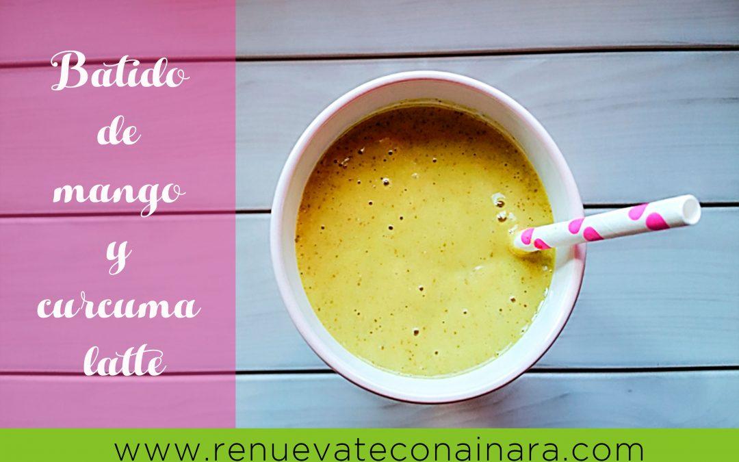 Batido de mango y curcuma latte